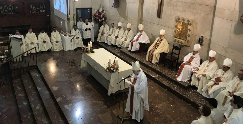 El padre Aquilino Bocos interviene en la eucaristía de su ordenación episcopal