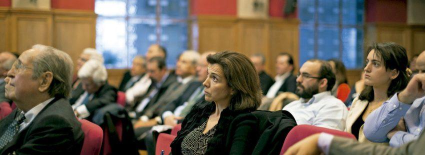 Empresarios católicos en una conferencia de ASE-Acción Social Empresarial