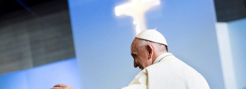 El Papa Francisco celebra la eucaristía en Ginebra/EFE