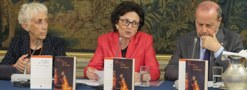 Lucetta Scaraffia, Nuria Calduch y Giovanni Maria Vian