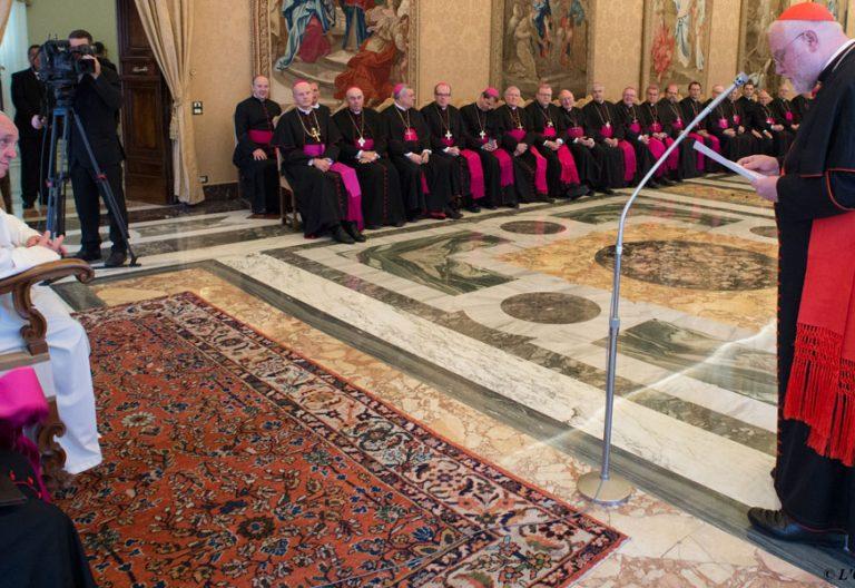 El cardenal Reinhard Marx, junto al papa Francisco en una visita ad limina de los obispos alemanes
