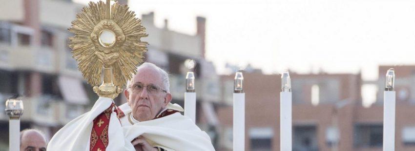 El Papa Francisco celebra el Corpus Christi 2018 en Ostia/EFE