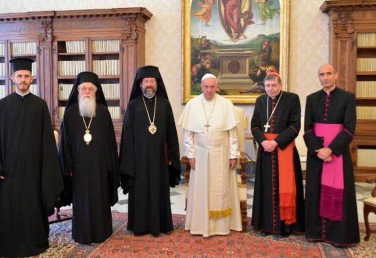El papa se reune con una delegacion del patriarca ecumenico de constantinopla bartolome I que viaja a Roma para celebrar la fiesta de los santos Pedro y Pablo