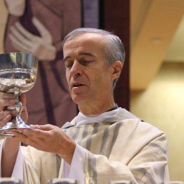 El superior general de los marianistas, André Fétis