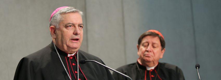 El cardenal Braz de Aviz y el arzobispo español José Rodríguez Carballo