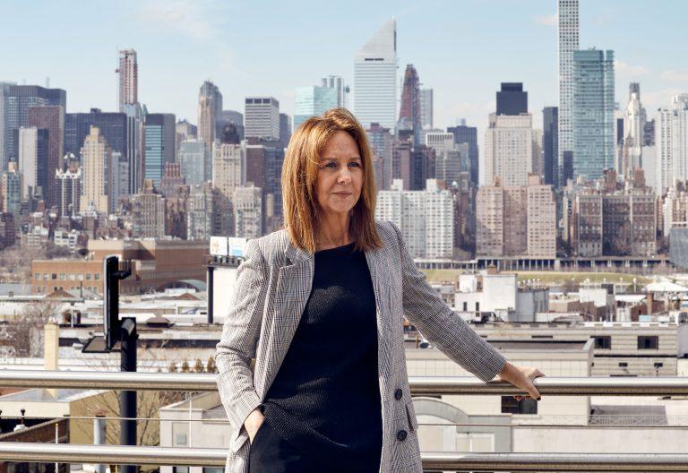 La escritora María Dueñas en Nueva York