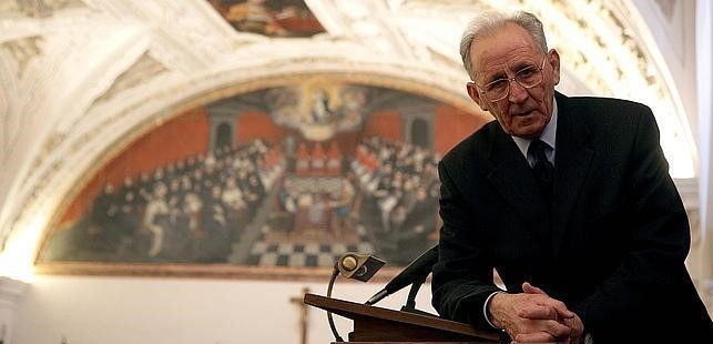El teólogo de la UPSA Olegario González de Cardedal