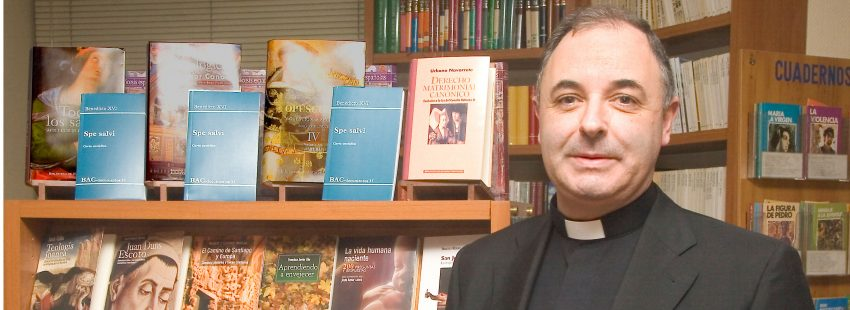 Jorge Juan Fernández Sangrador, vicario general de Oviedo