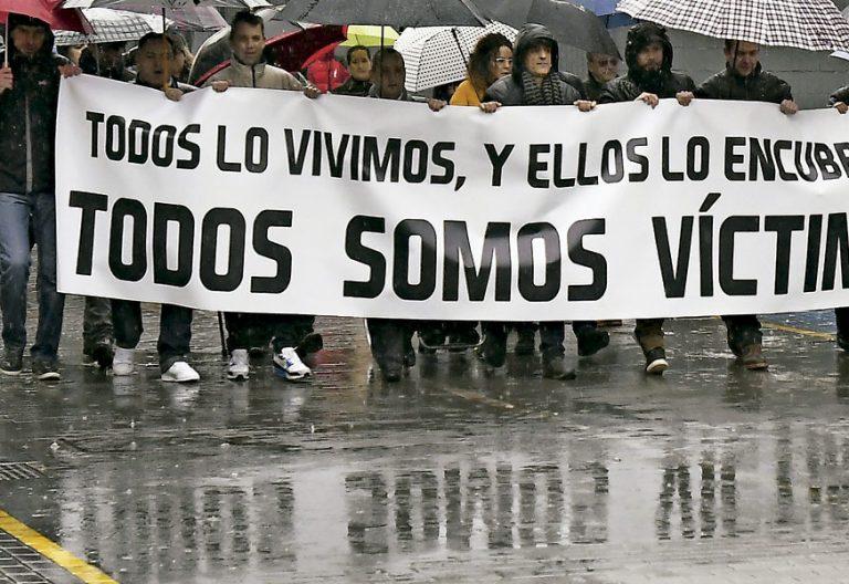 Manifestación en Astorga por los abusos denunciados en el Seminario de La Bañeza