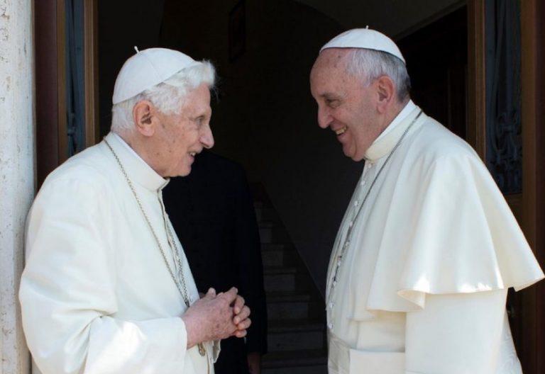 Benedicto XVI y Francisco