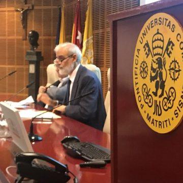 El rector de la Universidad Pontificia de Comillas, Julio Martínez