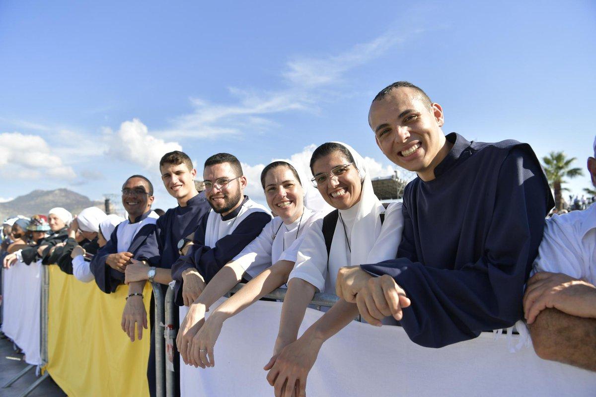 Asistentes a la misa presidida en Palermo por el papa Francisco el 15 de septiembre de 2018
