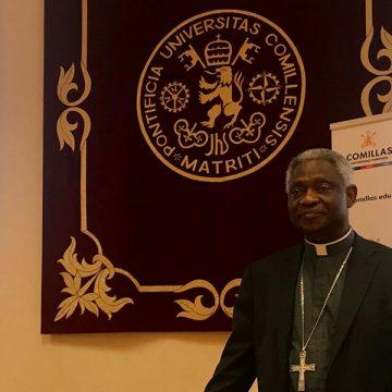 El cardenal Peter Turkson, en la Universidad Pontificia Comillas