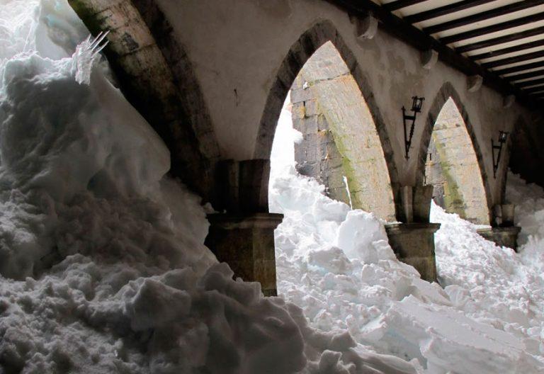 Claustro de nieve