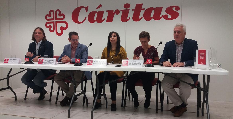 """Presentacióndel informe de Cáritas sobre Vulneraciones de derechos laborales en el sector agrícola, la hostelería y los empleos del hogar"""", el 25 de octubre de 2018 en Madrid"""
