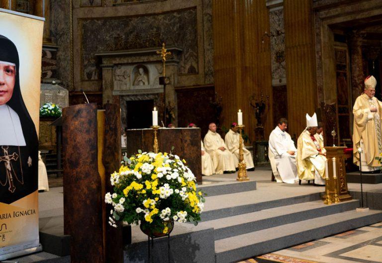 El cardenal Carlos Amigo preside la misa de acción de gracias por la canonización de Nazaria Ignacia March Mesa