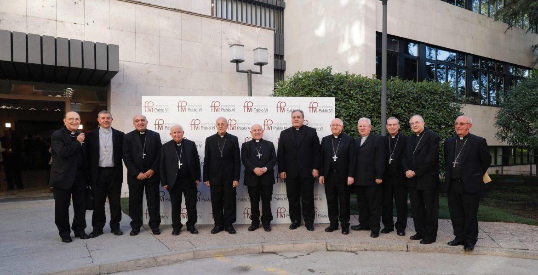 Cardenales, arzobispos y obispos, presentes en la apertura del Congreso Iglesia y Democracia/Jesús G.Feria
