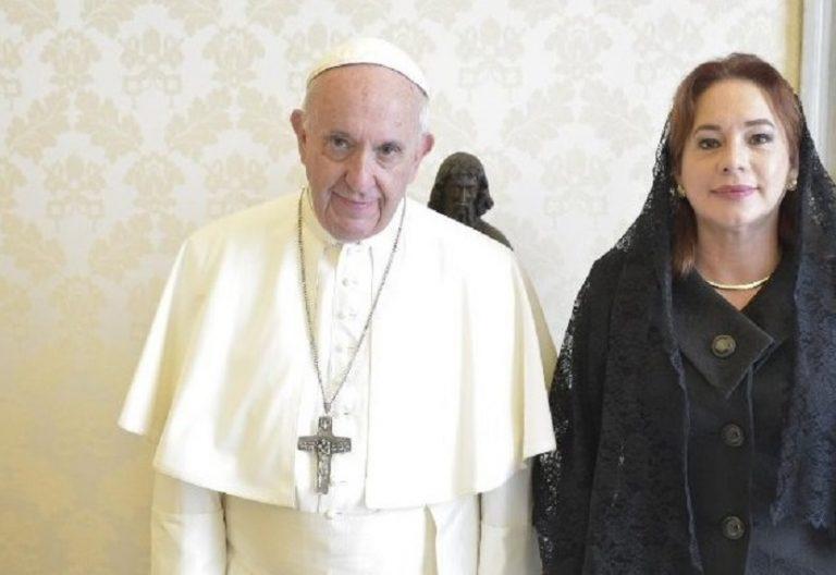Francisco con la Secretaria General de Naciones Unidas