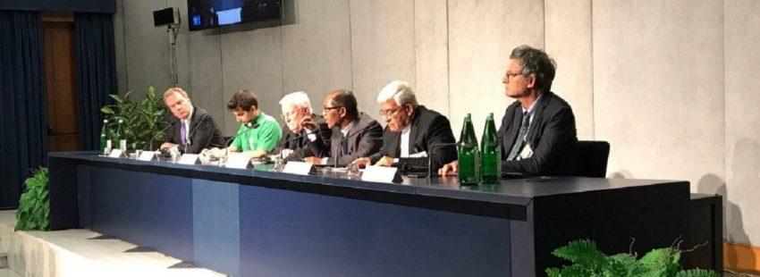 rueda de prensa sinodo de los obispos 25.10.2018