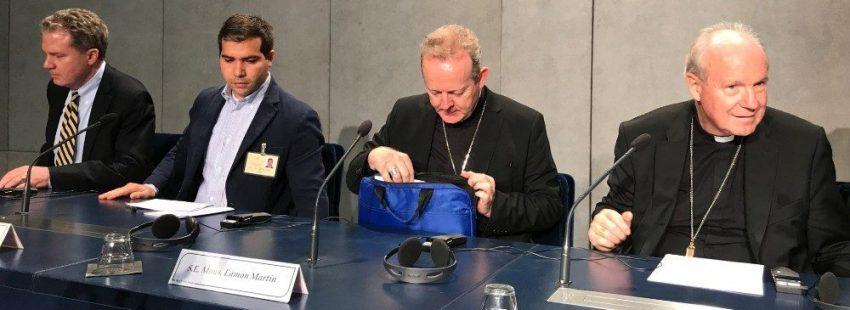 Eamon Martin, primado de Irlanda, y Christoph Schönborn, cardenal arzobispo de Viena