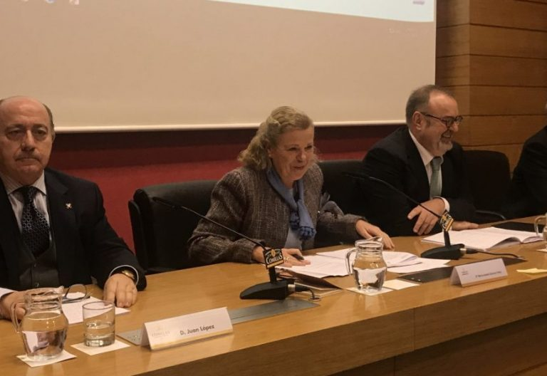 """Juan López, Fernando Rey y Javier Cortés, en la jornada """"Libertad y Enseñanza religiosa"""""""