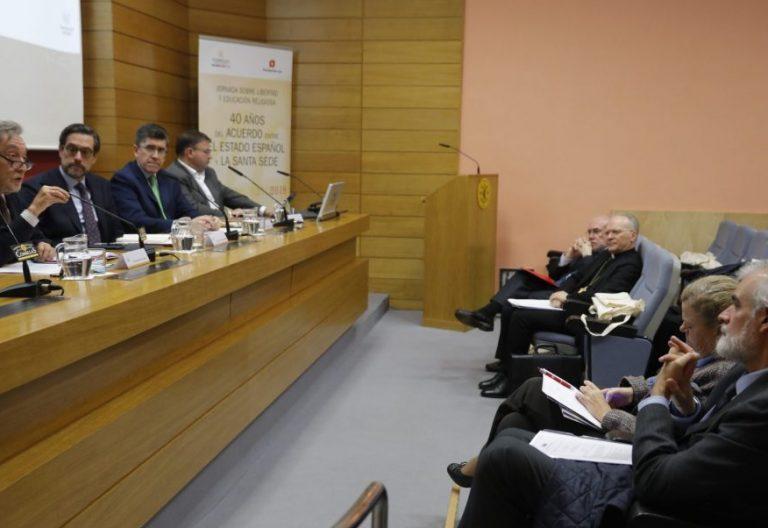Carlos García de Andoain y Eugenio Nasarre, en el el foro de Libertad y enseñanza religiosa