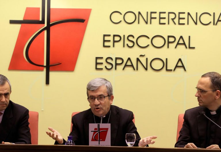 Priemra rueda de prensa de Luis Argüello como seceratrio general de la CEE el 23 de noviembre de 2018