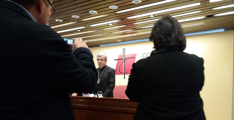 Primera rueda de prensa de Luis Argüello como secretario general de la CEE el 23 de noviembre de 2018
