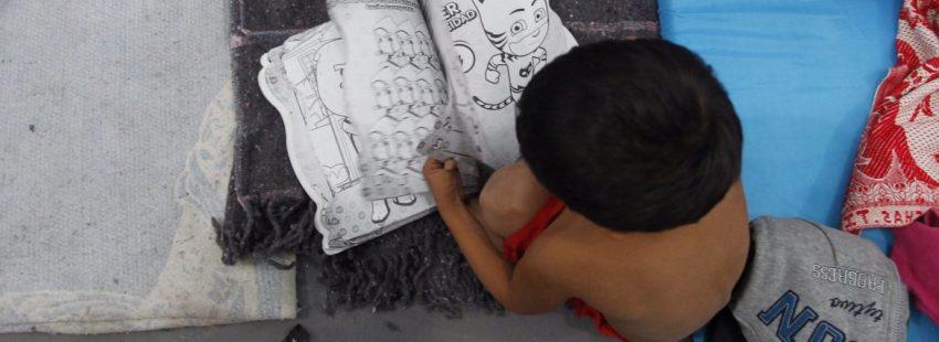 Un niño, en la caravana de migrantes que recorre México/EFE