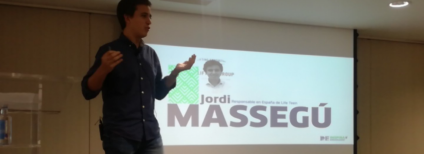 Jordi Massegú, responsable de Life Teen en España, durante el Congreso Reinspira de Marketing Religioso