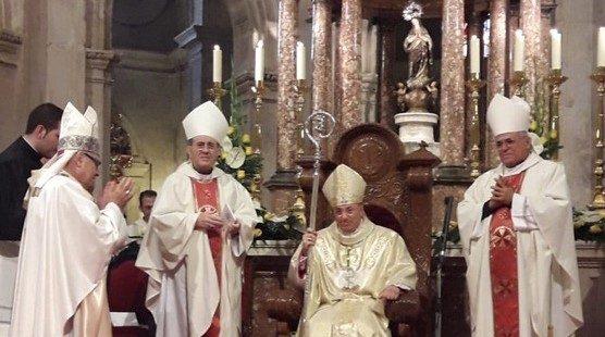 Toma de posesión de Francisco Jesús Orozco como obispo de Guadix