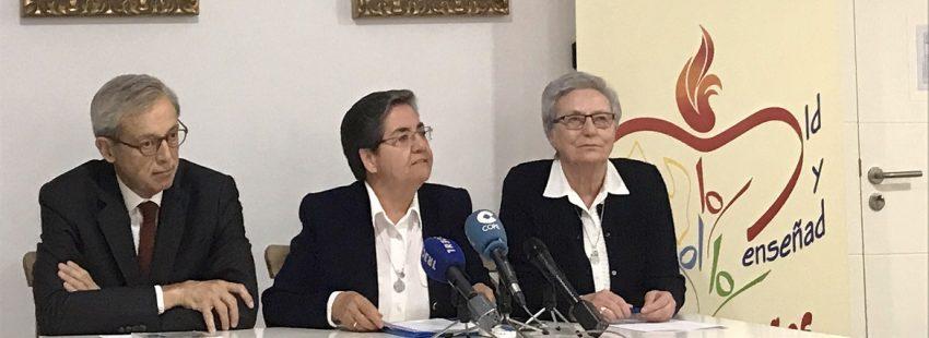 Rueda de prensa beatificación mártires de Argelia. Cari y Esther agustinas misioneras
