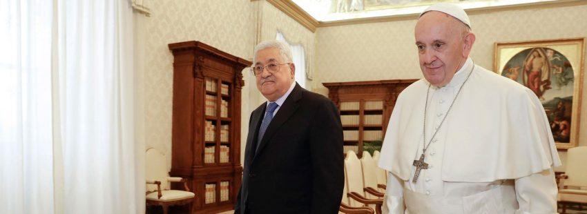 El papa Francisco y Mahmud Abás, presidente de Palestina, en una audiencia en el Vaticano el 3 de diciembre de 2018
