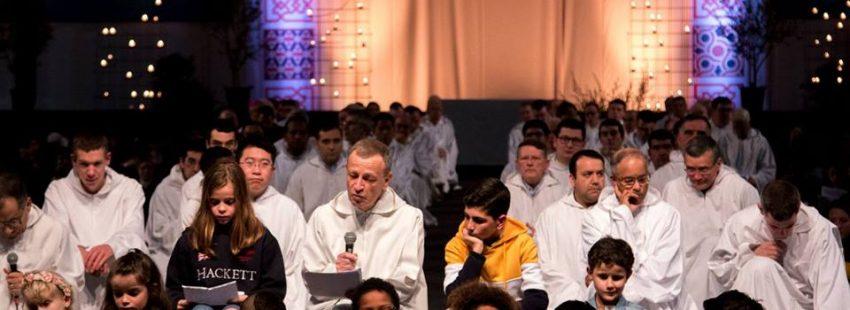 El hermano Alois de Taizé en el Encuentro de Jóvenes de Madrid
