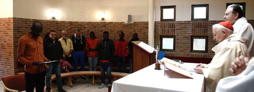 cañizares bautiza a un joven inmigrante