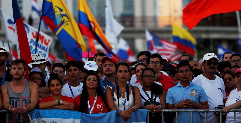 Miles de jóvenes participaron en la apertura de la JMJ de Panamá/EFE