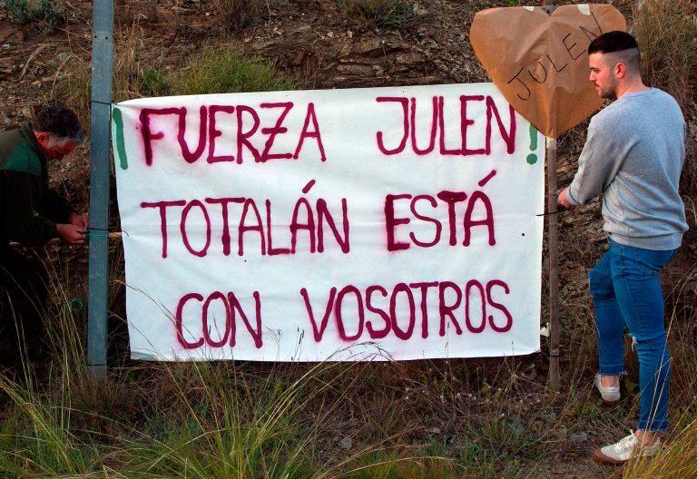 Julen, el menor caído en un pozo en Totalán (Málaga)