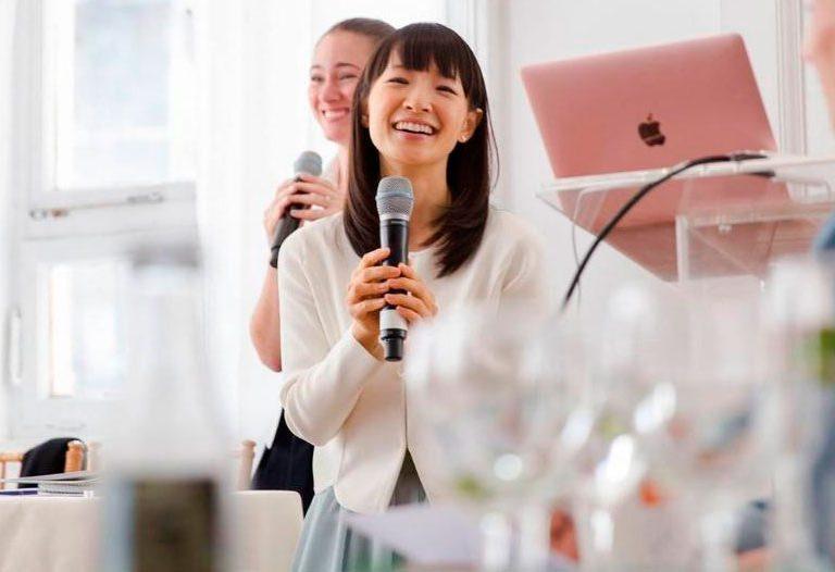Maria Kondo, japonesa propone ordenar para ser feliz