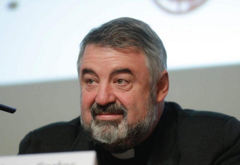 El obispo de Logroño, Carlos Escribano