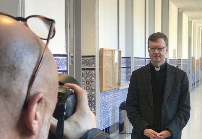 Hans Zollner, en la Universidad Pontificia de Comillas