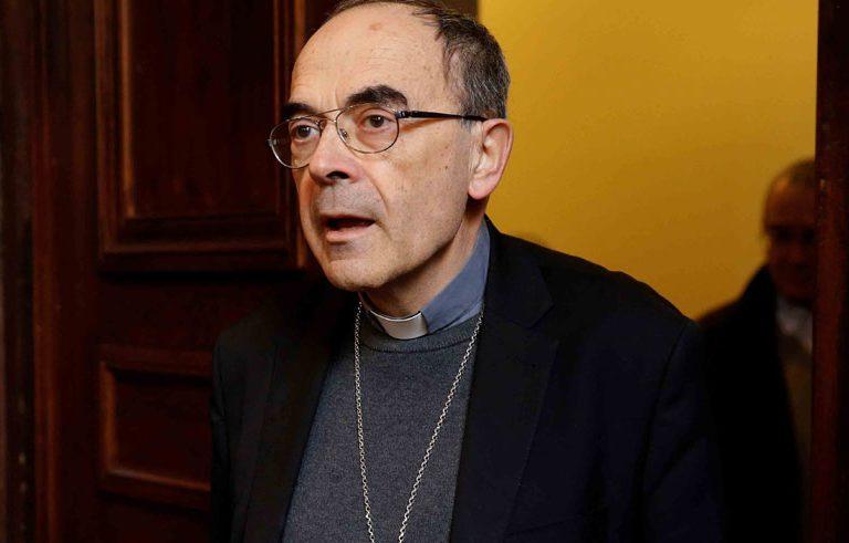 El cardenal Philippe Barbarin, arzobispo de Lyon, condenado en marzo de 2019 por encubrir abusos, anunció el 7 de marzo que presentaría su renuncia al papa Francisco