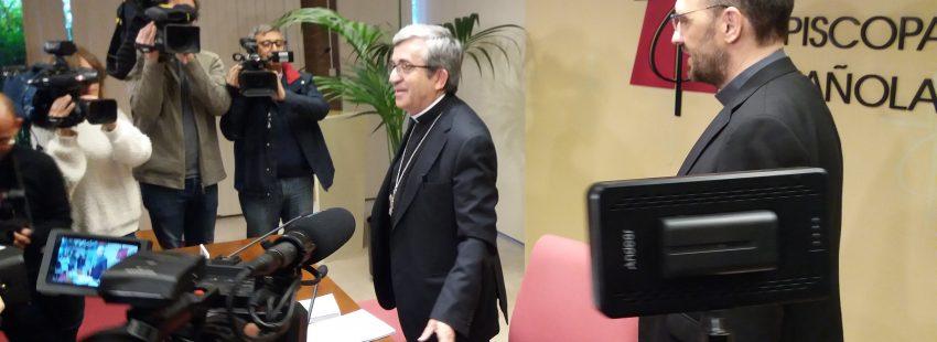 Luis Argüello en la rueda de prensa de clausura de la Asamblea Plenaria de primavera el 5 de abril de 2019
