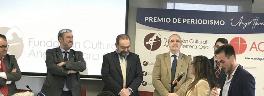 Los periodista de TRECE, Irene Pozo y Asell Sánchez