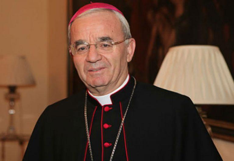 Foto oficial del nuncio apostólico en España, Renzo Fratini