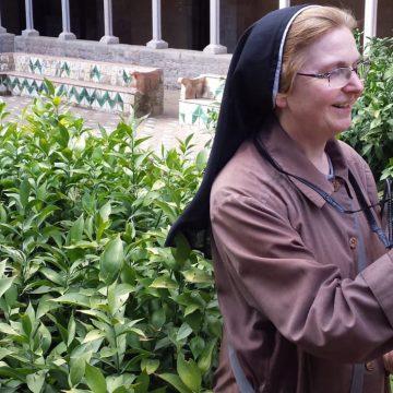 Sor Isaura Marcos, religiosa clarisa y fotógrafa