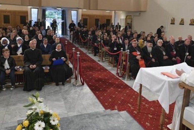 papa religiosos macedonia