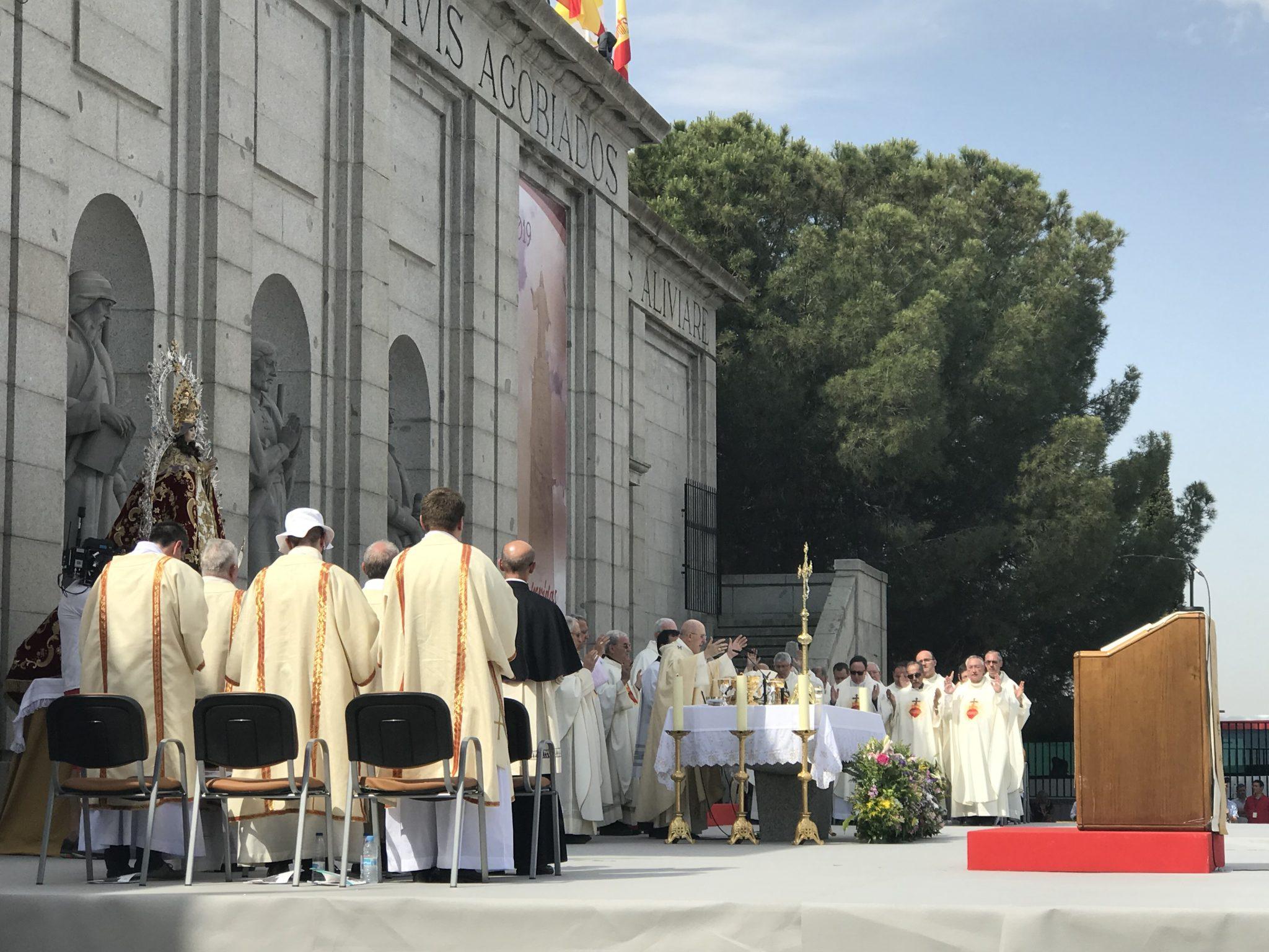 El cardenal Osoro presidió la multitudinaria ceremonia en Getafe