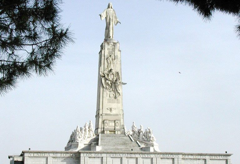 Monumento al Sagrado Corazón de Jesús, en el Cerro de los Ángeles de Getafe