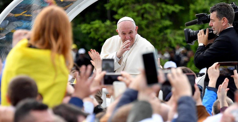 El Papa, peregrino en las calles de Iasi (Romania)/EFE