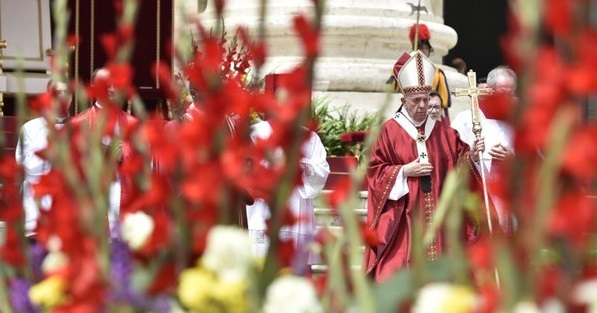 francisco en la misa de pentecostes 9 de junio 2019 palza +